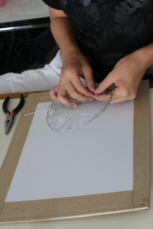 Wire Sculpture - Molding the Wire